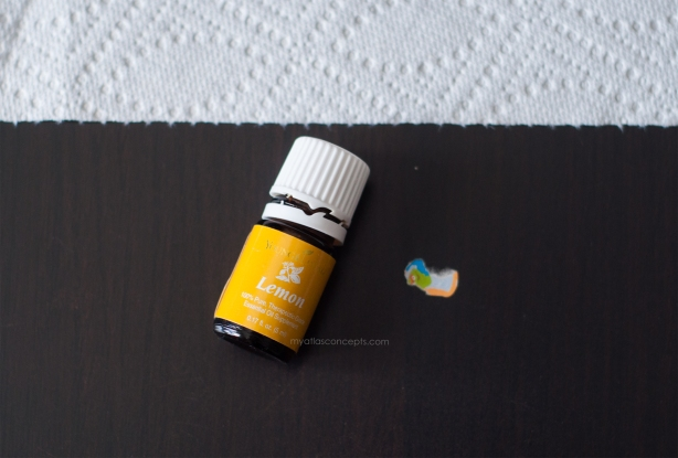 Young Living Lemon_Sticker Removal 001