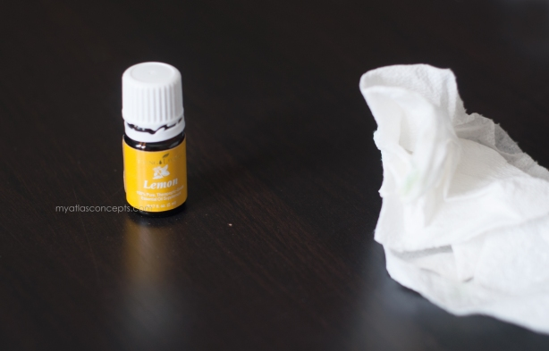 Young Living Lemon_Sticker Removal 004